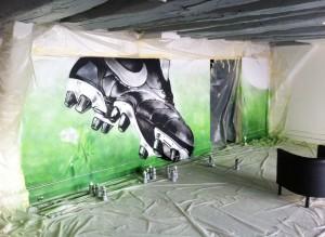 Graff, professionnel , métier, réalisme , peinture, foot, crampon, à la bombe, deco
