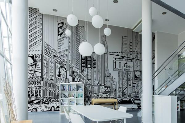 La hauteur de plafond donne encore plus de force à ce décors de New York
