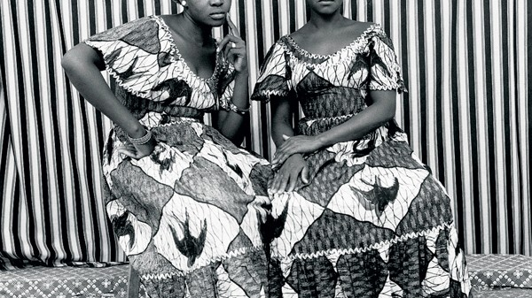 Portraits de deux femmes par