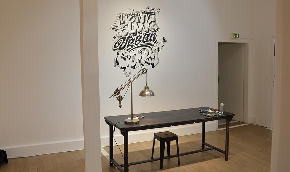 artisan, graffiti, personnalisation, pièces de cuir, porte monnaie, porte stylo, prénoms, live