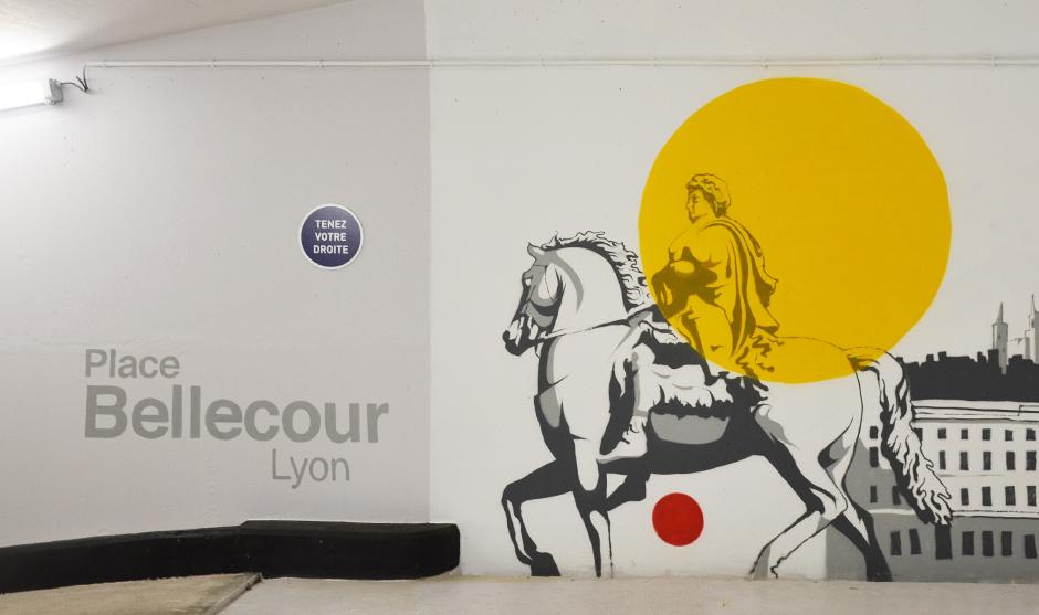 fresque graffiti, mur intérieur parking Cetelem, Bnp, statue, cheval, peinte