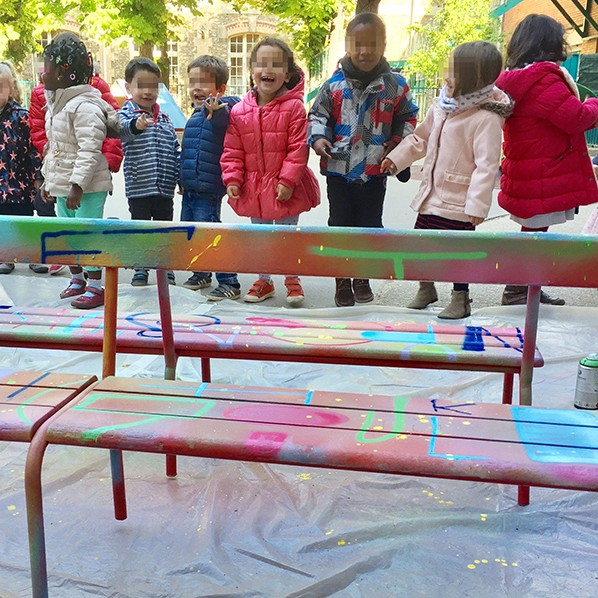 Enfants, contents, heureux, énergie, sourires, couleurs, enfance