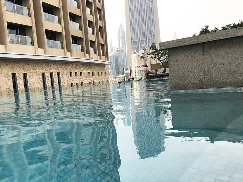 Dubaï, pool, sketch, art, lettering