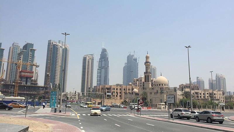 rue Dubai, voiture, gratte ciel, paysages