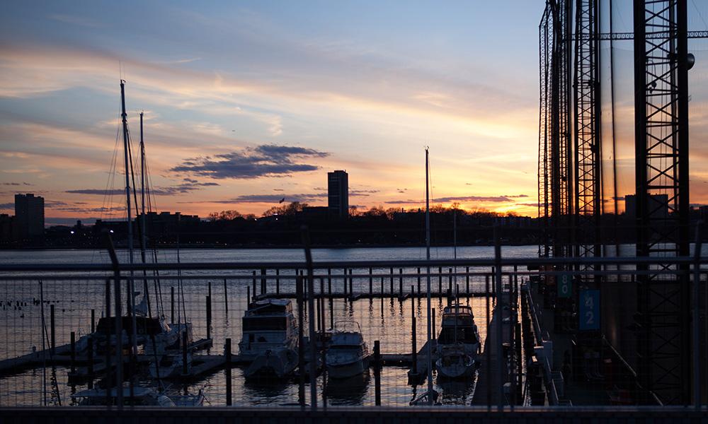 Vue, terrasse sur la mer. Studio d'enregistrement et de photographie, USA