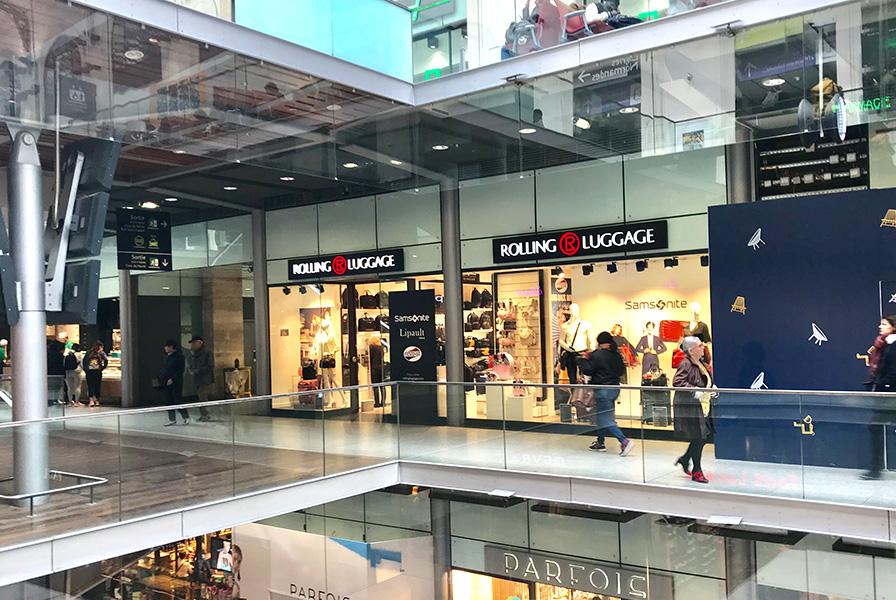 Gare, Saint Lazare, Centre commerciale, nouvelle boutique, événement