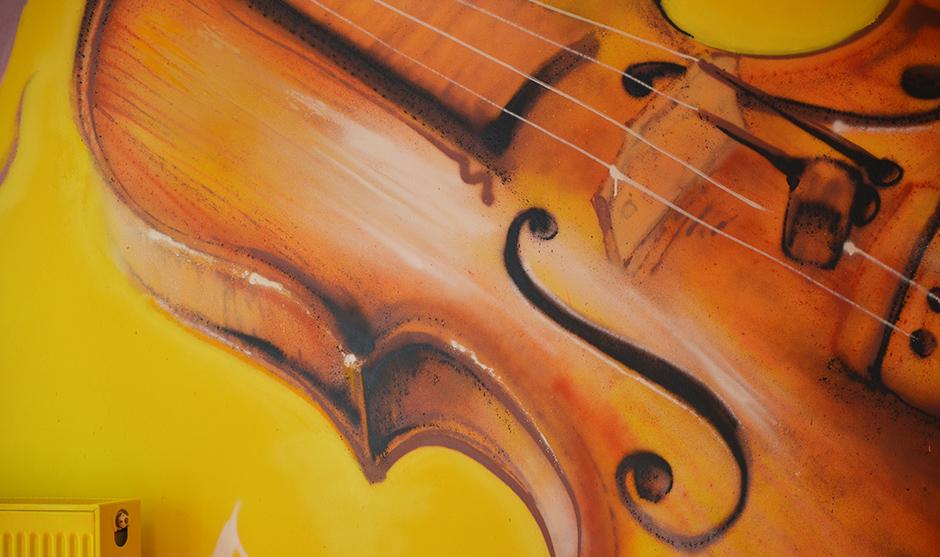 Instrument de musique graffé
