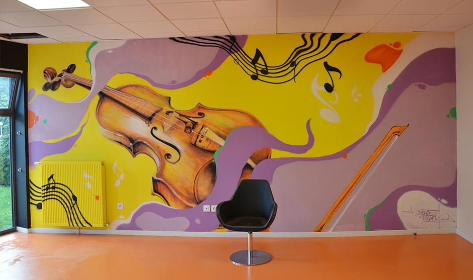 Rendu final de la fresque murale dans l'établissement de santé