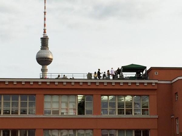 soirée, toit,rooftop, underground, Berlin, Allemagne, bière