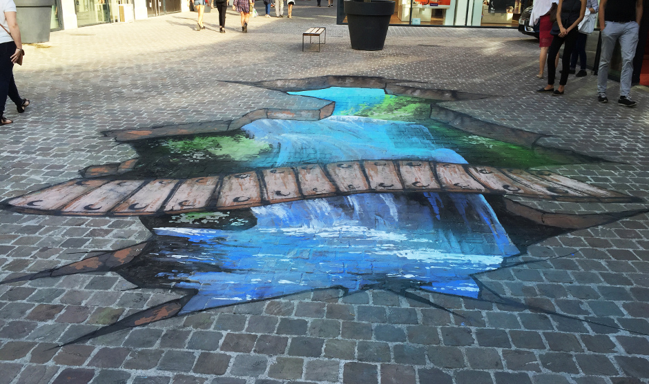 illusion d'optique, trompe l'oeil peinture fresque graffiti sur le sol