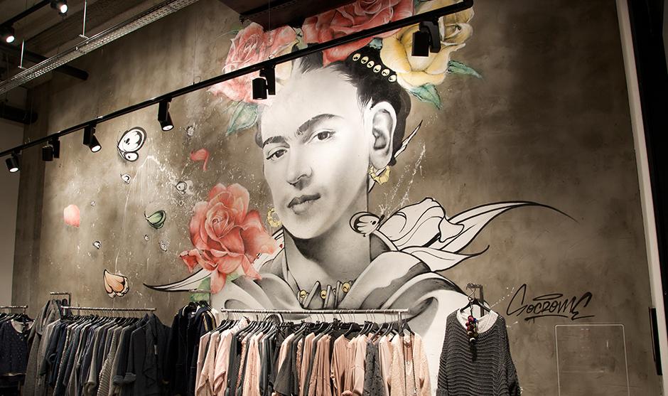 Portrait visage Frida Kahlo mexicaine.