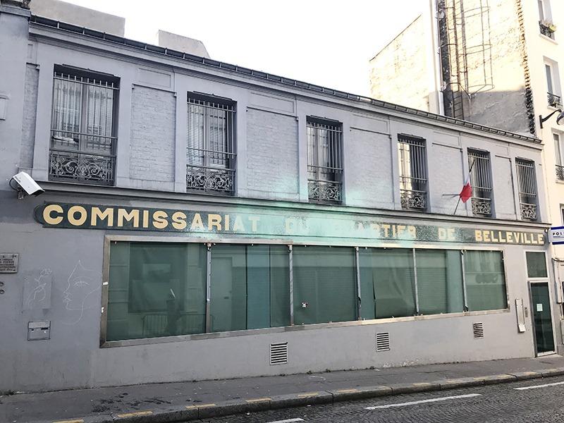 commissariat, quartier, belleville, façade, extincteur