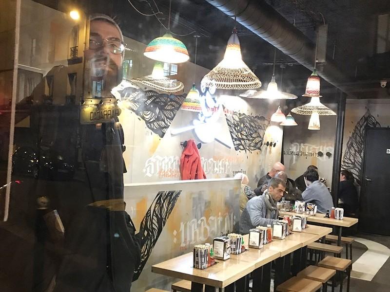 Graffiti, Paris, Street Art, décoration, habillage, ambiance, restaurant, tacos