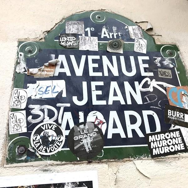 stickers, paris, graffiti, street art, paris