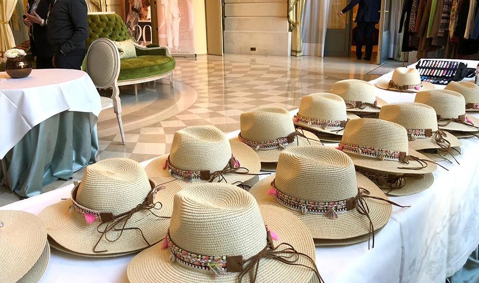 Personnalisation, chapeaux, Ritz, opération, Madeleine, Art, Paris