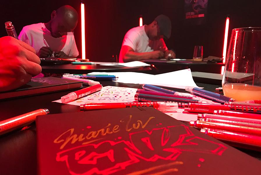 graffiti, graph, tags, personalization, en direct