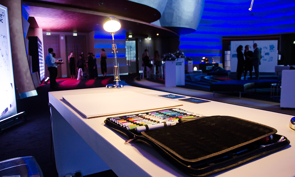table, marqueur, cuir, espace, animation, customisation