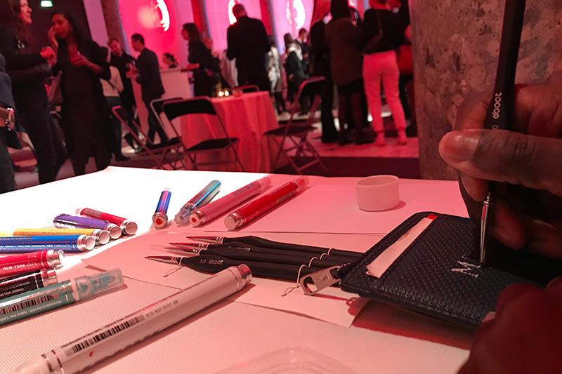 Soirée, corporate, Lacoste, personnalisation, cuir, maroquinerie