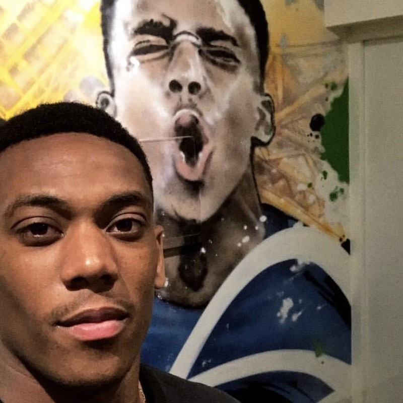 Selfie d'Anthony Martial, footballeur, photo, portrait, graffiti, street art
