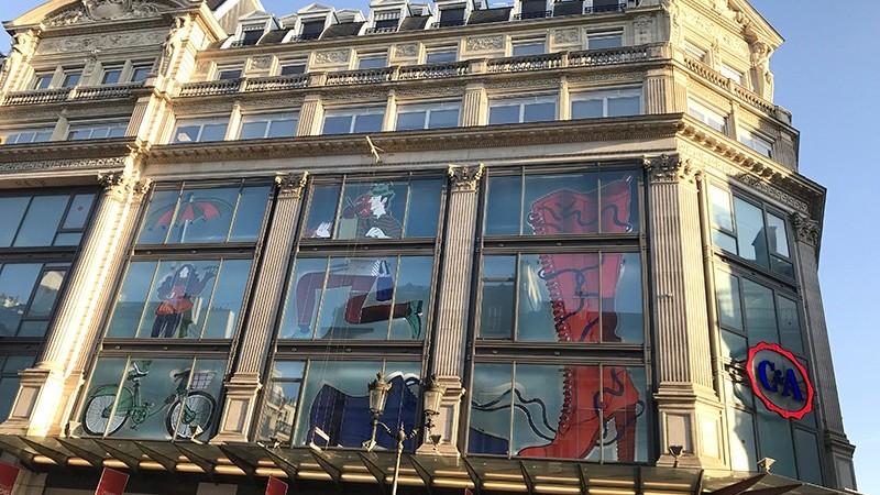 Habillage, grands magasins, C&A, Chatelet, Paris