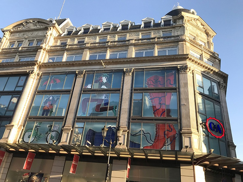 Habillage, grands magasins, C&A, Chatelet, Paris