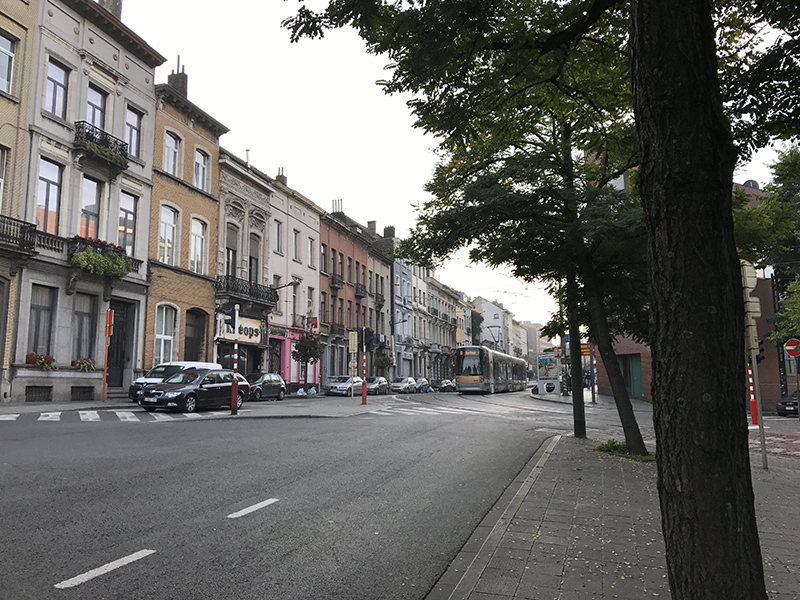 Vue urbaine, rue, tramway