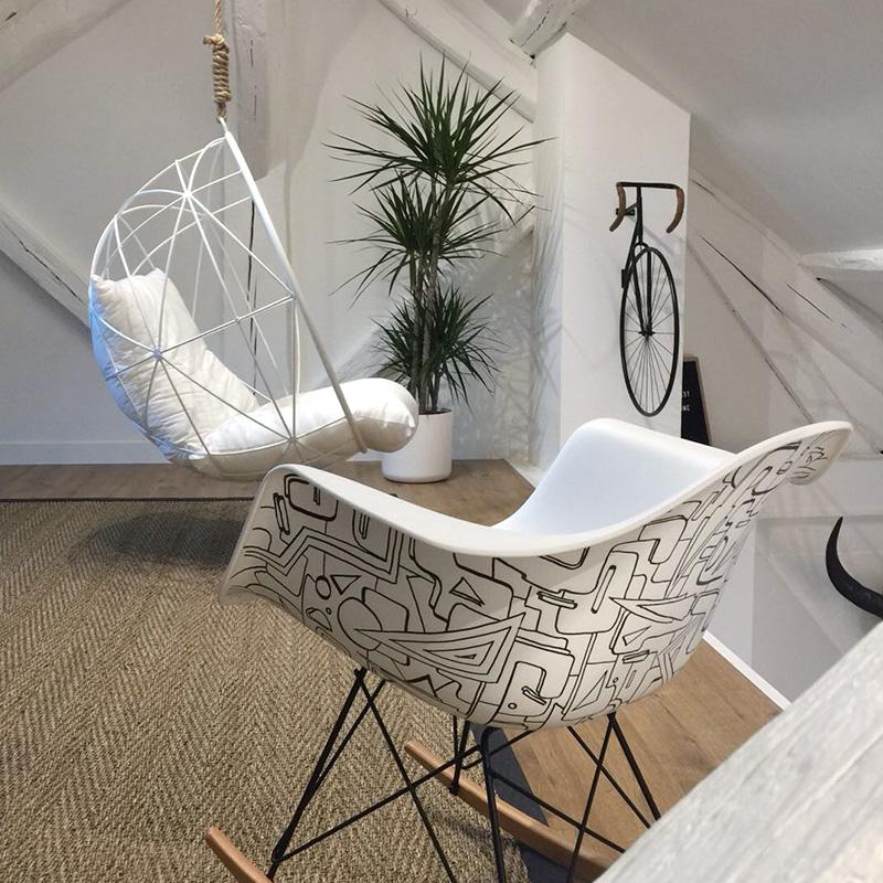 eames personnalis es graffiti et street art. Black Bedroom Furniture Sets. Home Design Ideas