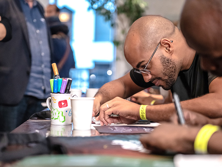 artiste, personnalisation, google, totebags, Paris, graffeurs