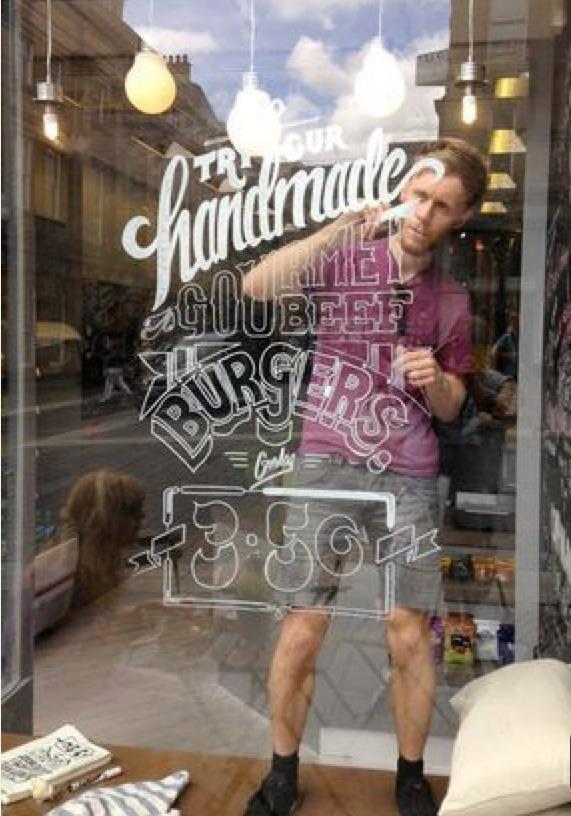 Artiste, typographe, calligraphe, vitrine, paris