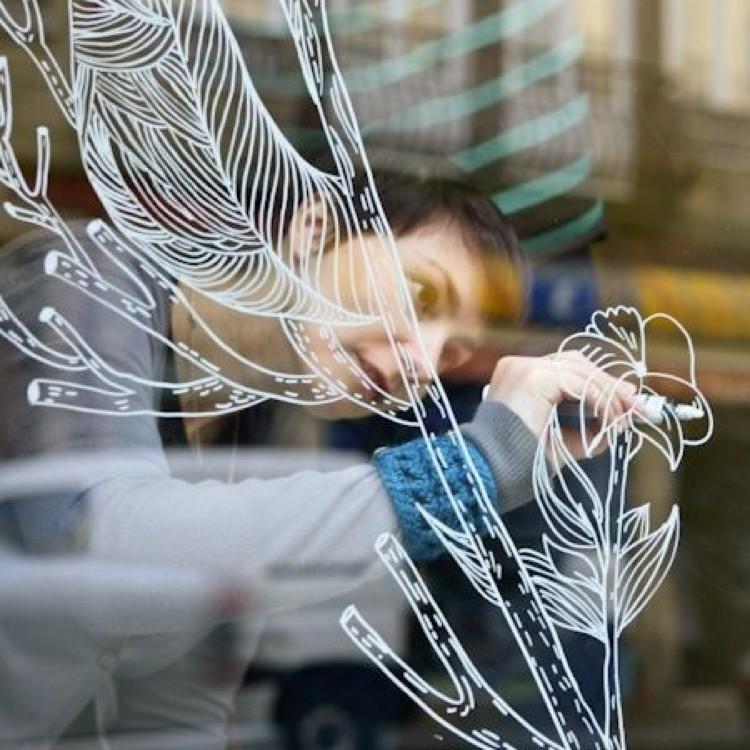 vitrine magasin, posca, art, marqueur, Paris, street artiste,