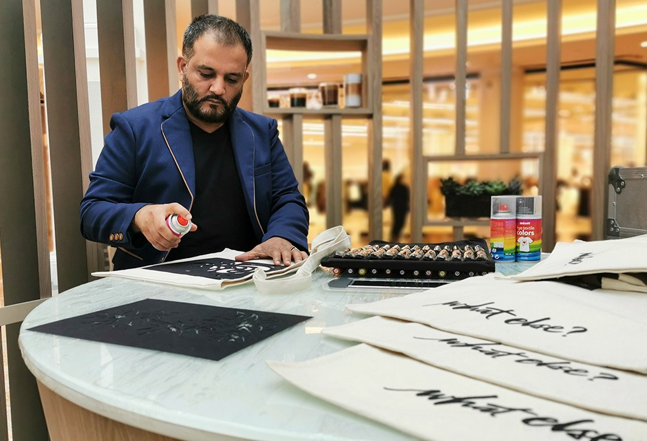 Graffeur, Dubai, calligraphe, personnalisation, Custom, Art, Artiste, UAE, Emirates
