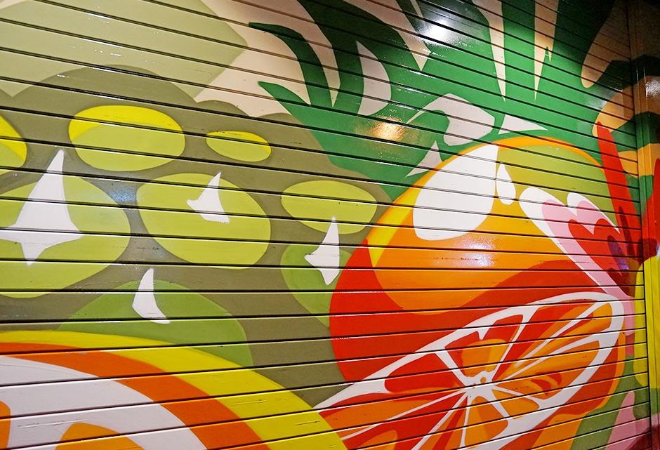 Monoprix, stores, protection, graffiti, décoration, vernis, produits, résine